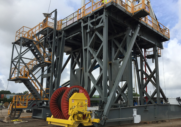 Hydraulically Raised Substructure